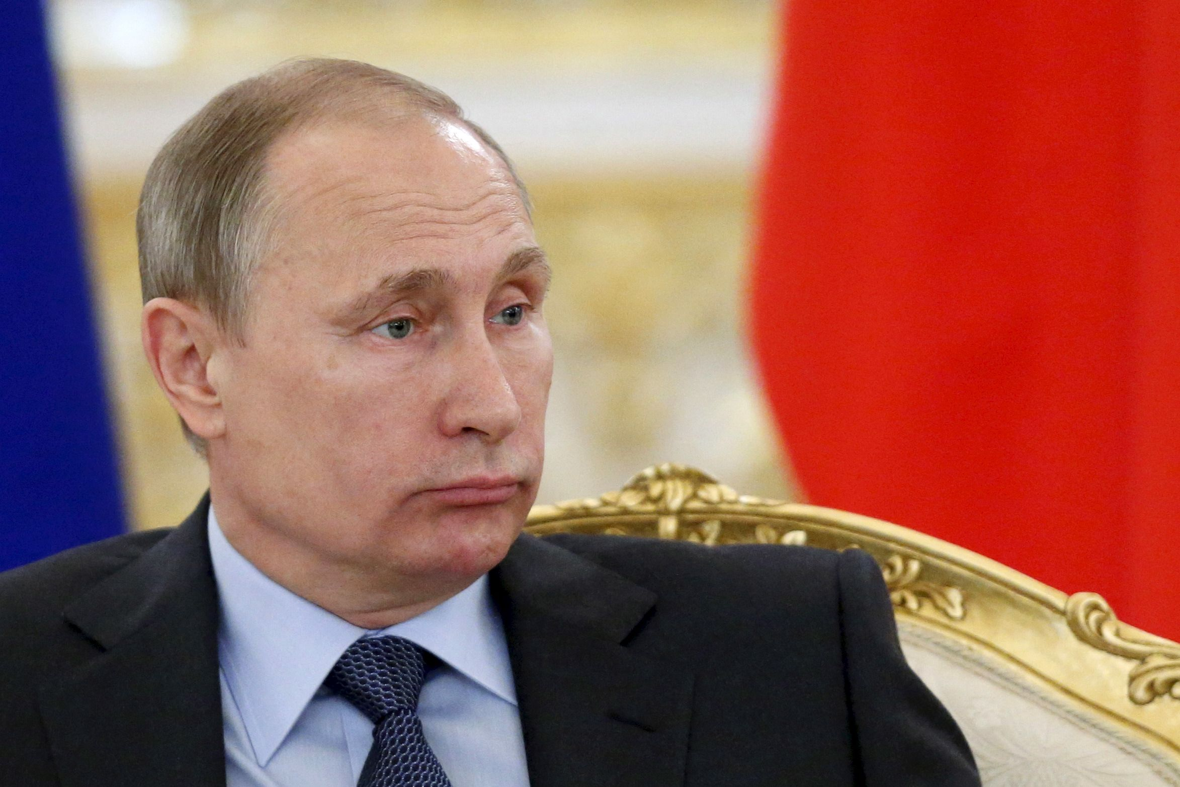 Putin Meets Economic Collapse With Purges, Broken Promises