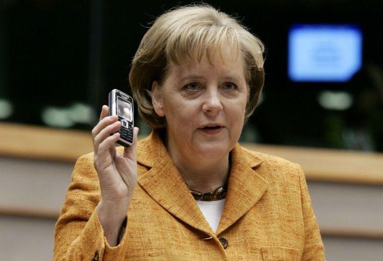 Merkel phone roaming charges