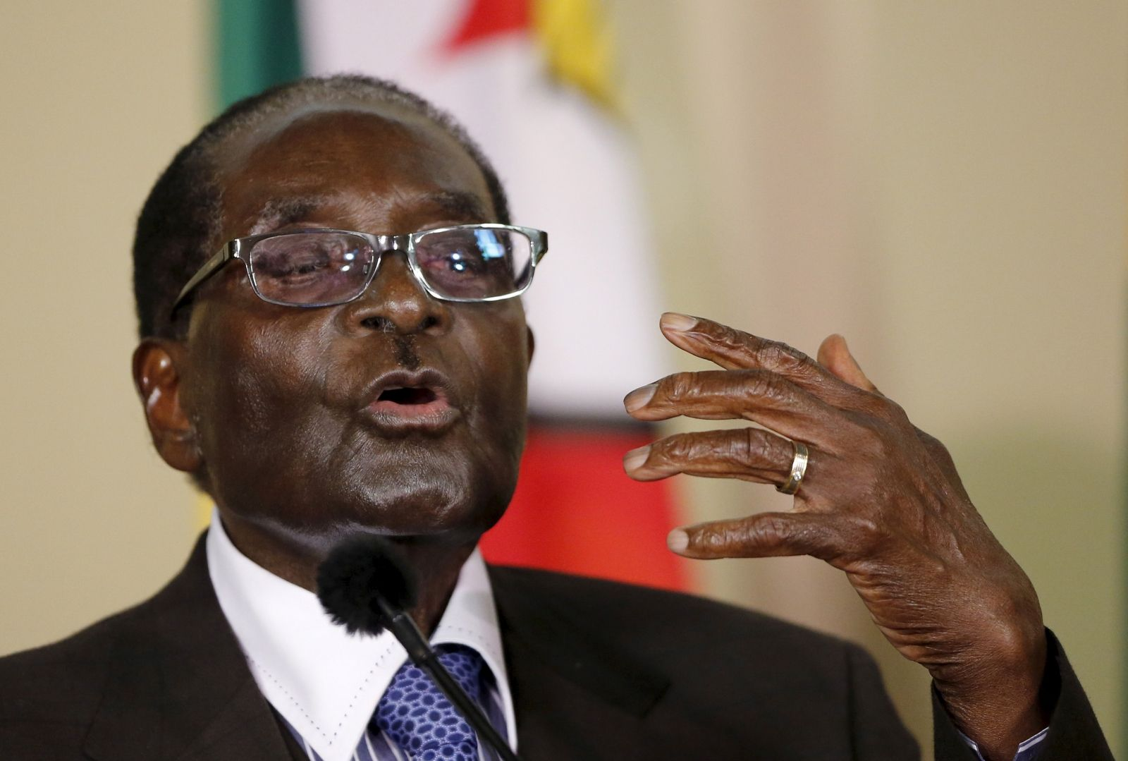 Mugabe Proposes to Barack Obama