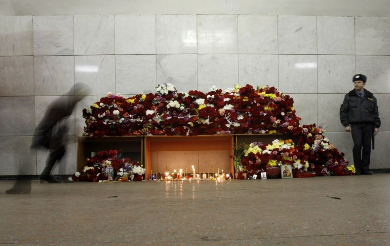 Mourning the victims of Moscow metro attack