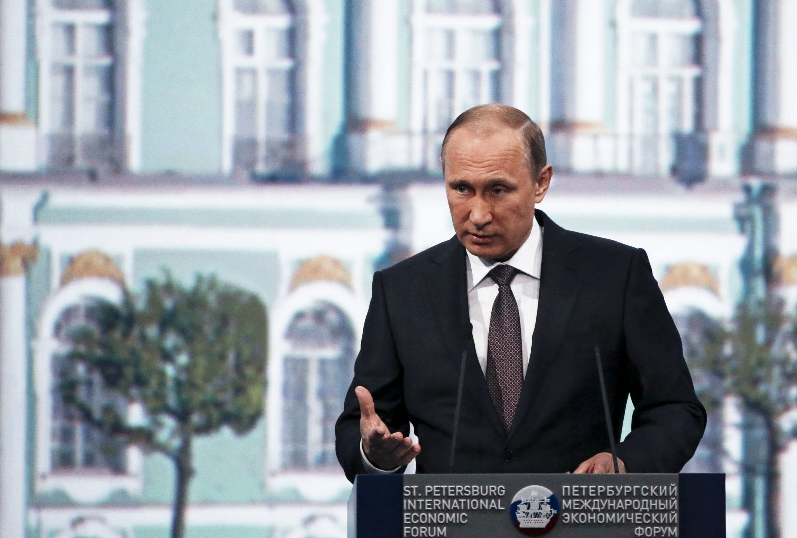 Russia questions Baltic states independence