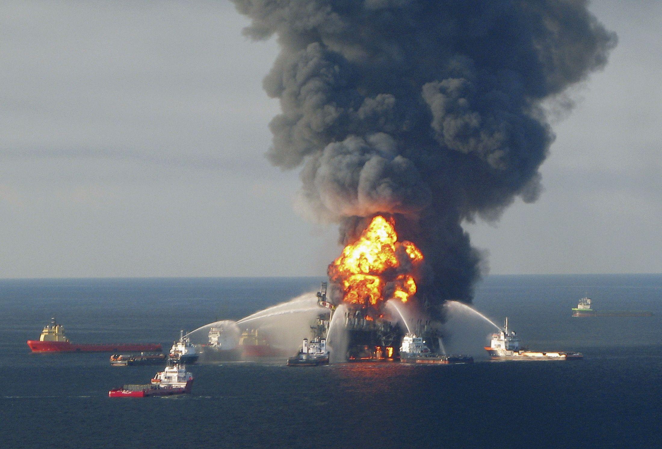 Gulf Oil Spill 2010 Fire