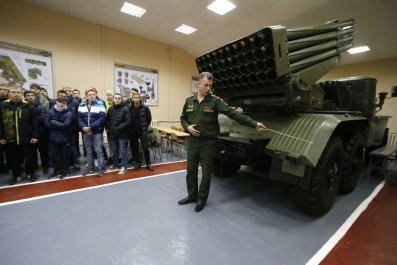 Russia to receive 2,000 heavy arms