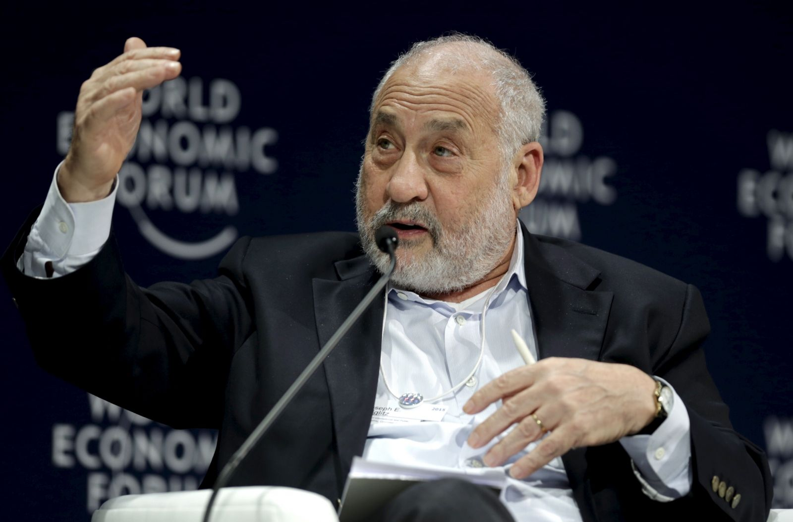 Stiglitz says US should help Greece
