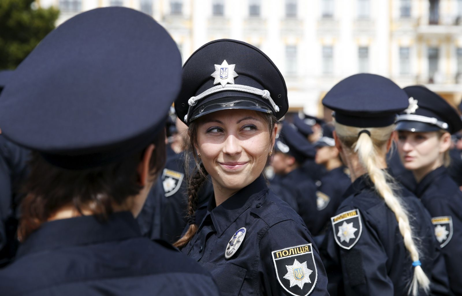 Kiev government hires beautiful police