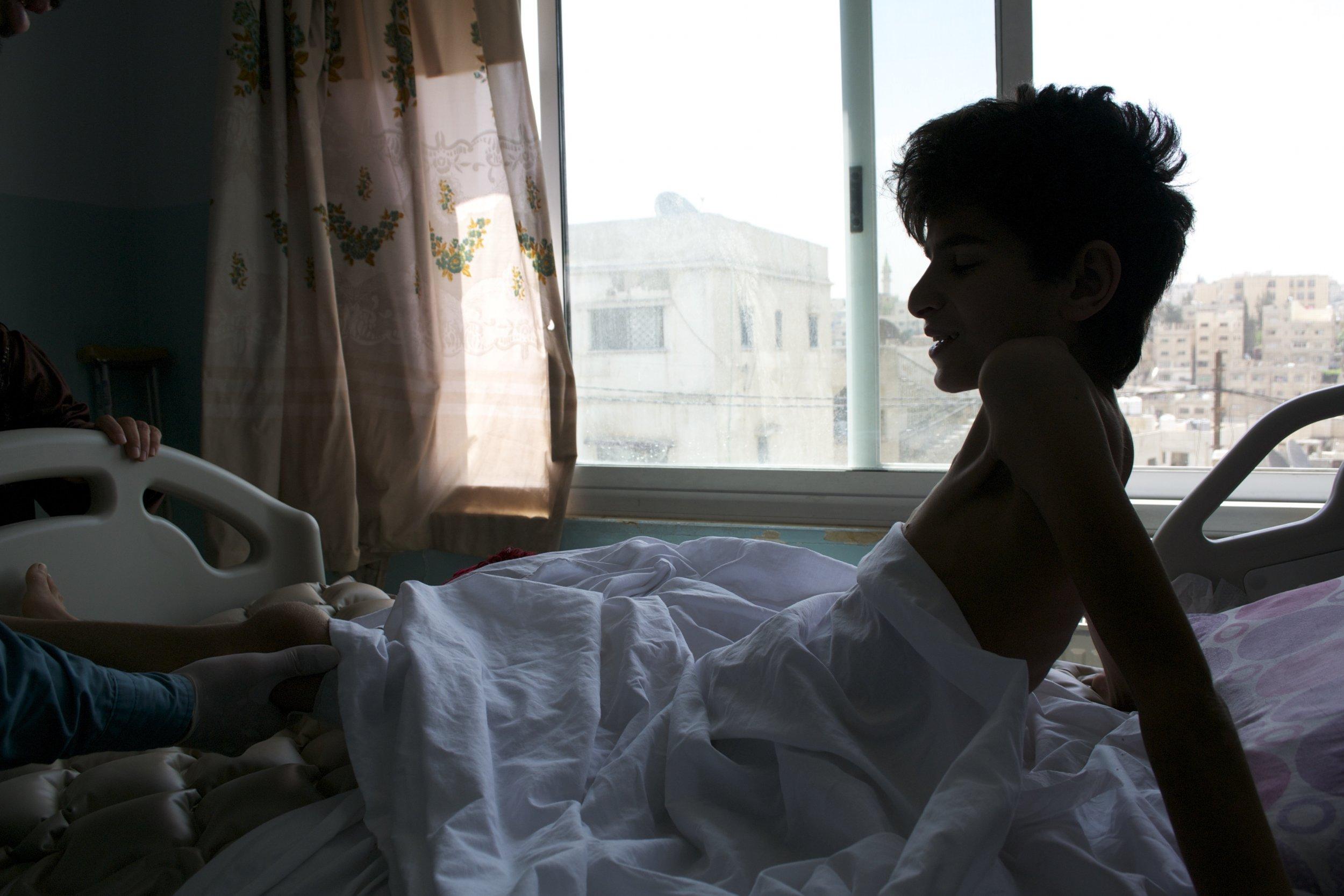 07_24_InjuredSyrians_01