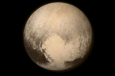 7-14-15 Pluto before closest approach