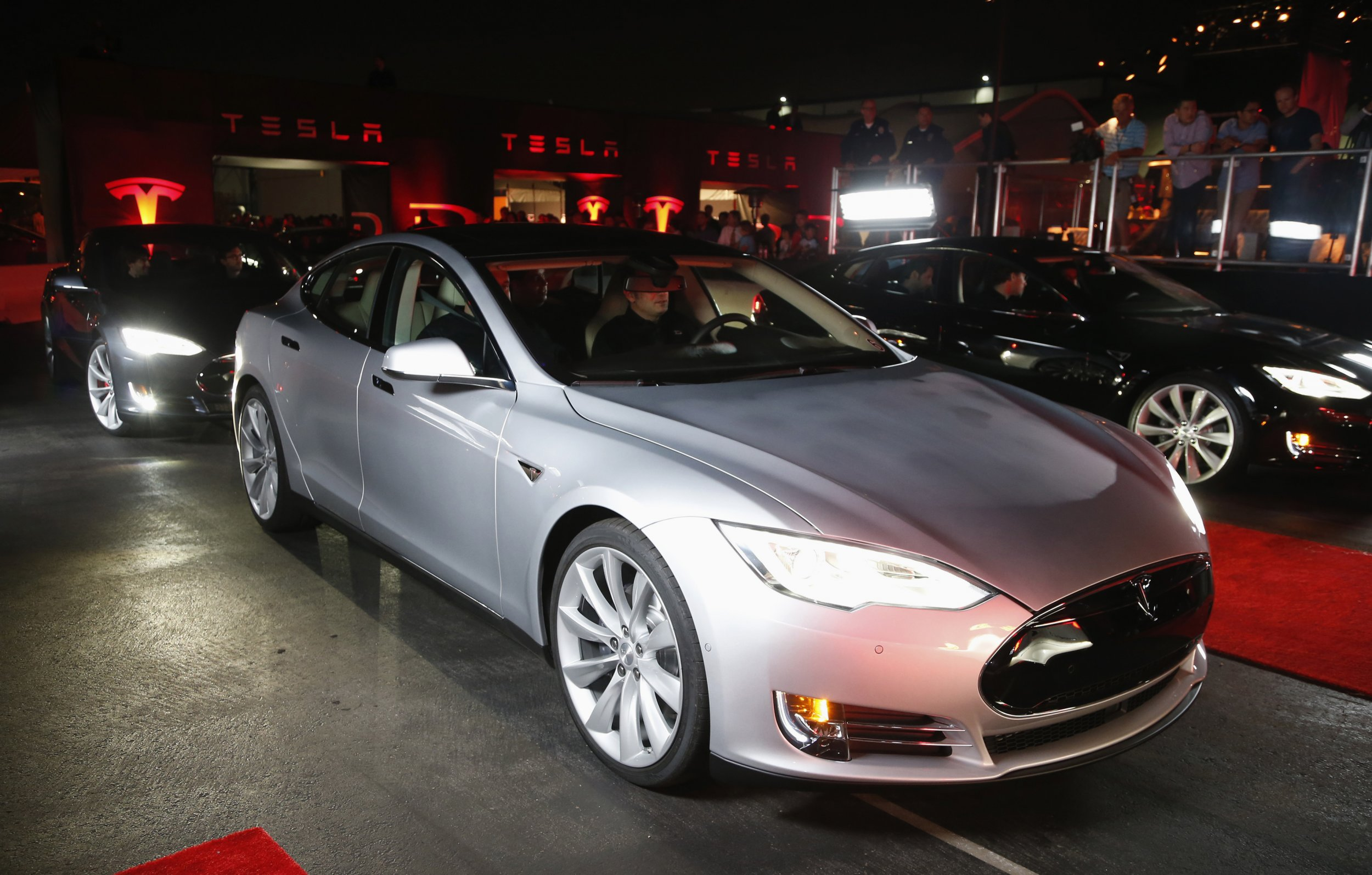 Tesla unveils ultra-fast Luuudicrous Mode