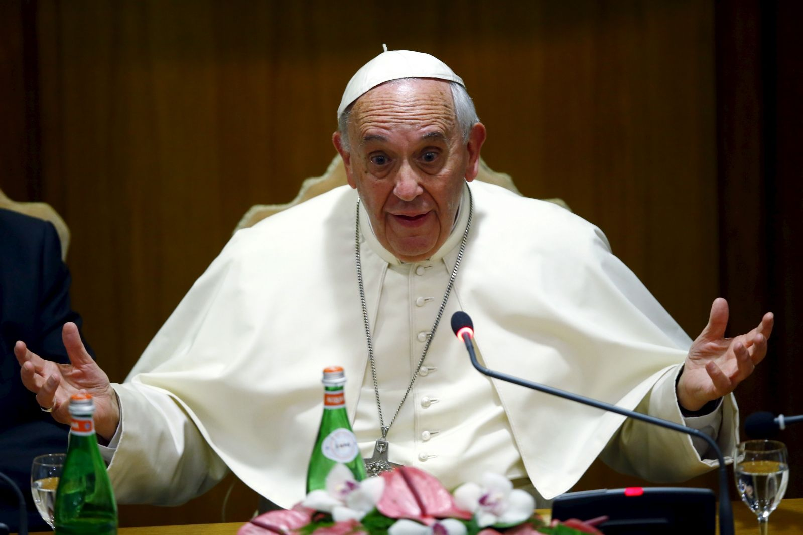 Pope Francis approval ratings slump