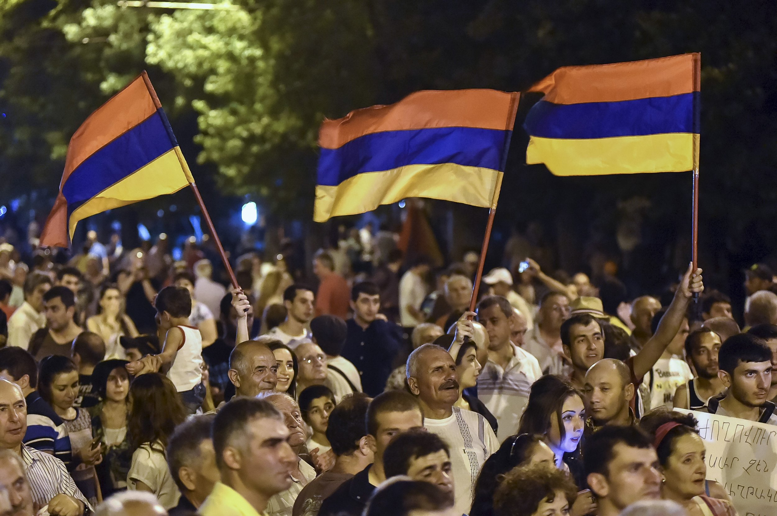 iraq and armenia relationship