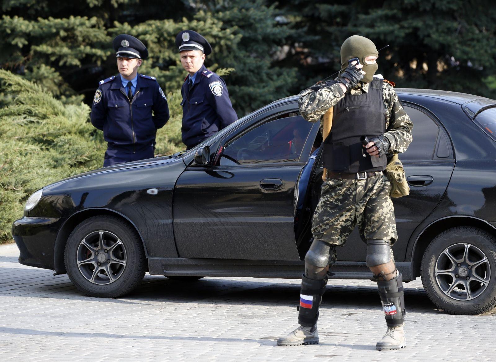 Ukraine Donetsk rebels launch Feniks phone network