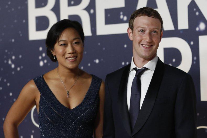 0801_Zuckerbergs
