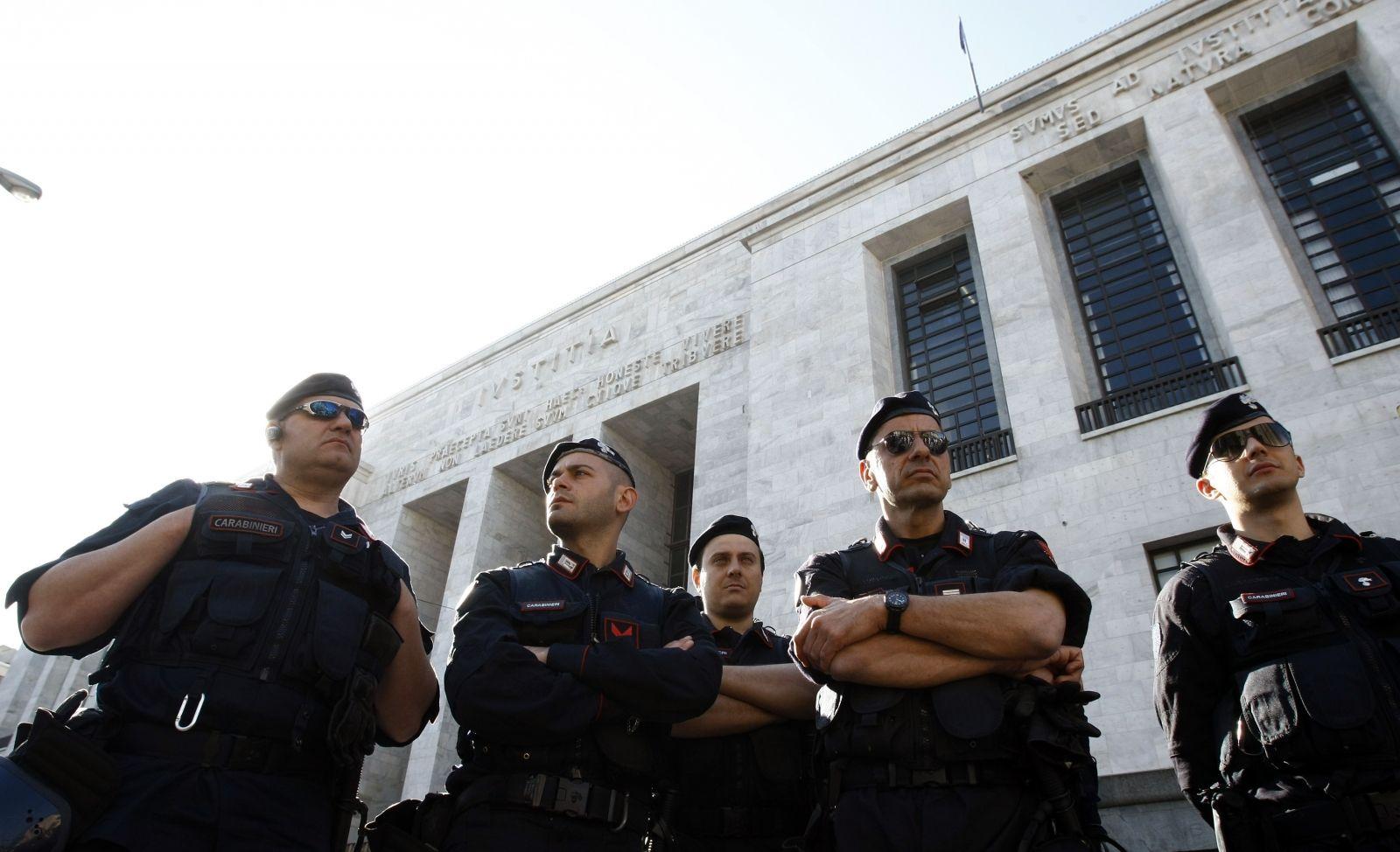 11 Italian Mafia members arrested
