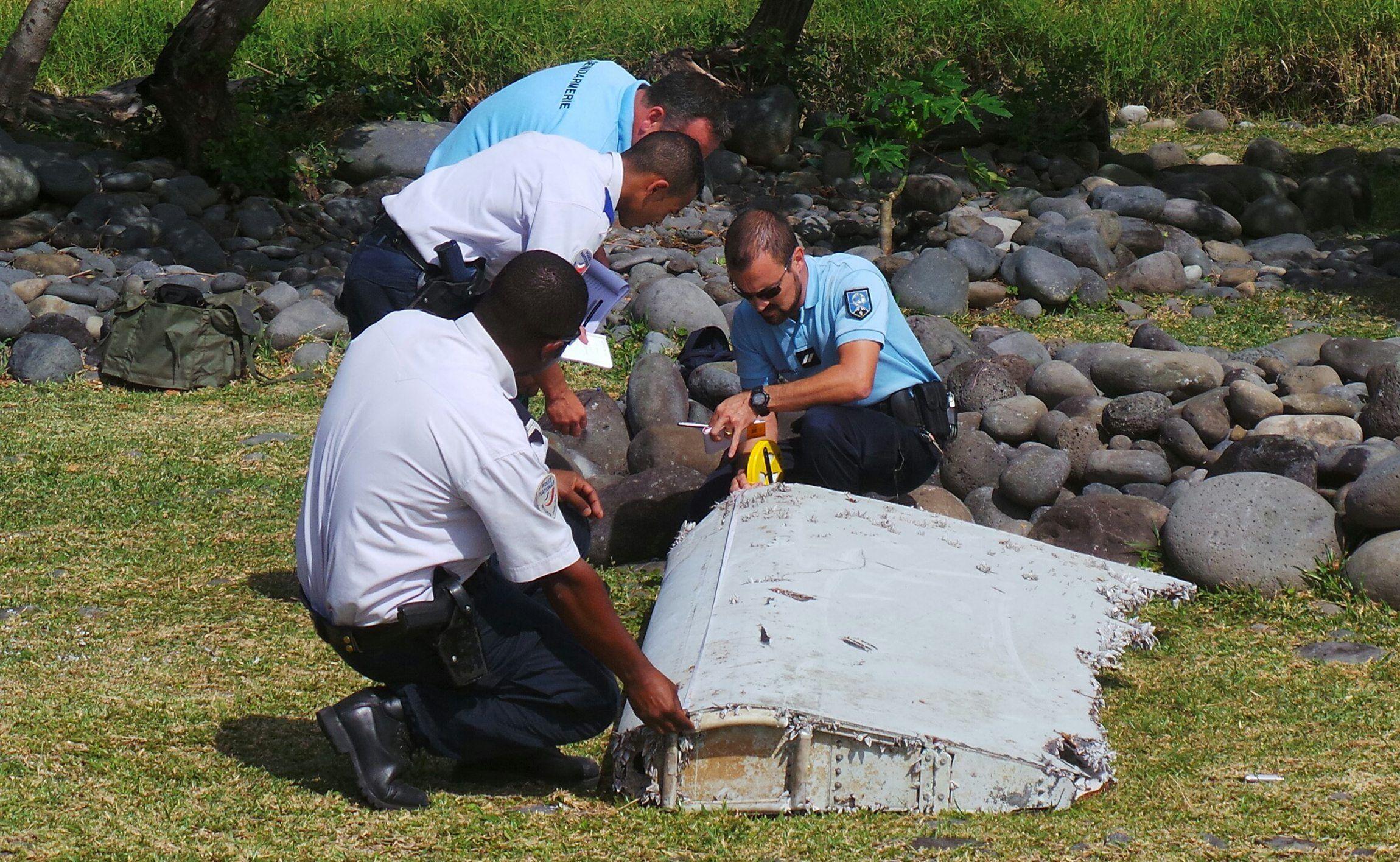 MH370 debris found on island of La Reunion