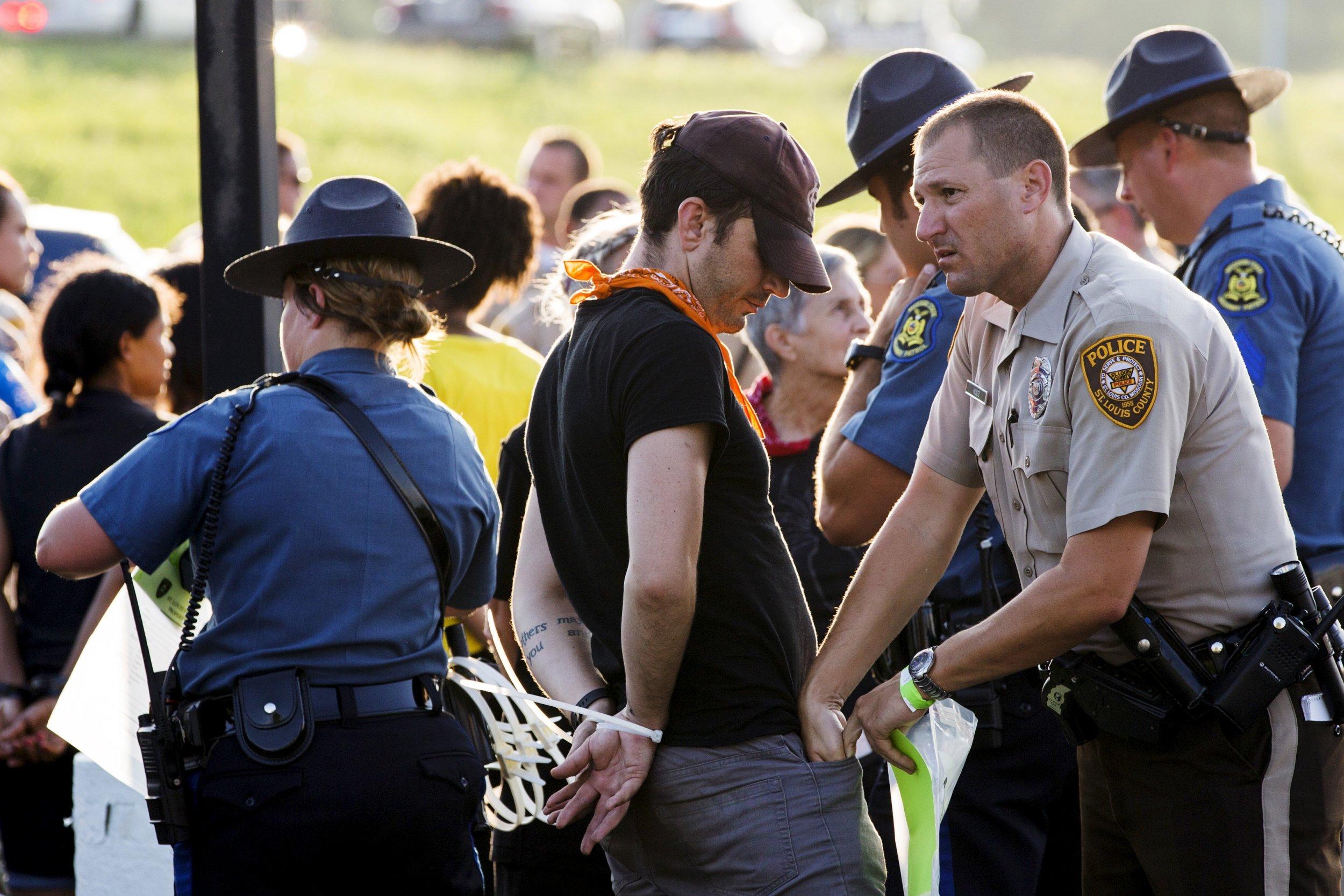 Ferguson_Police_Protests_Bodyslam
