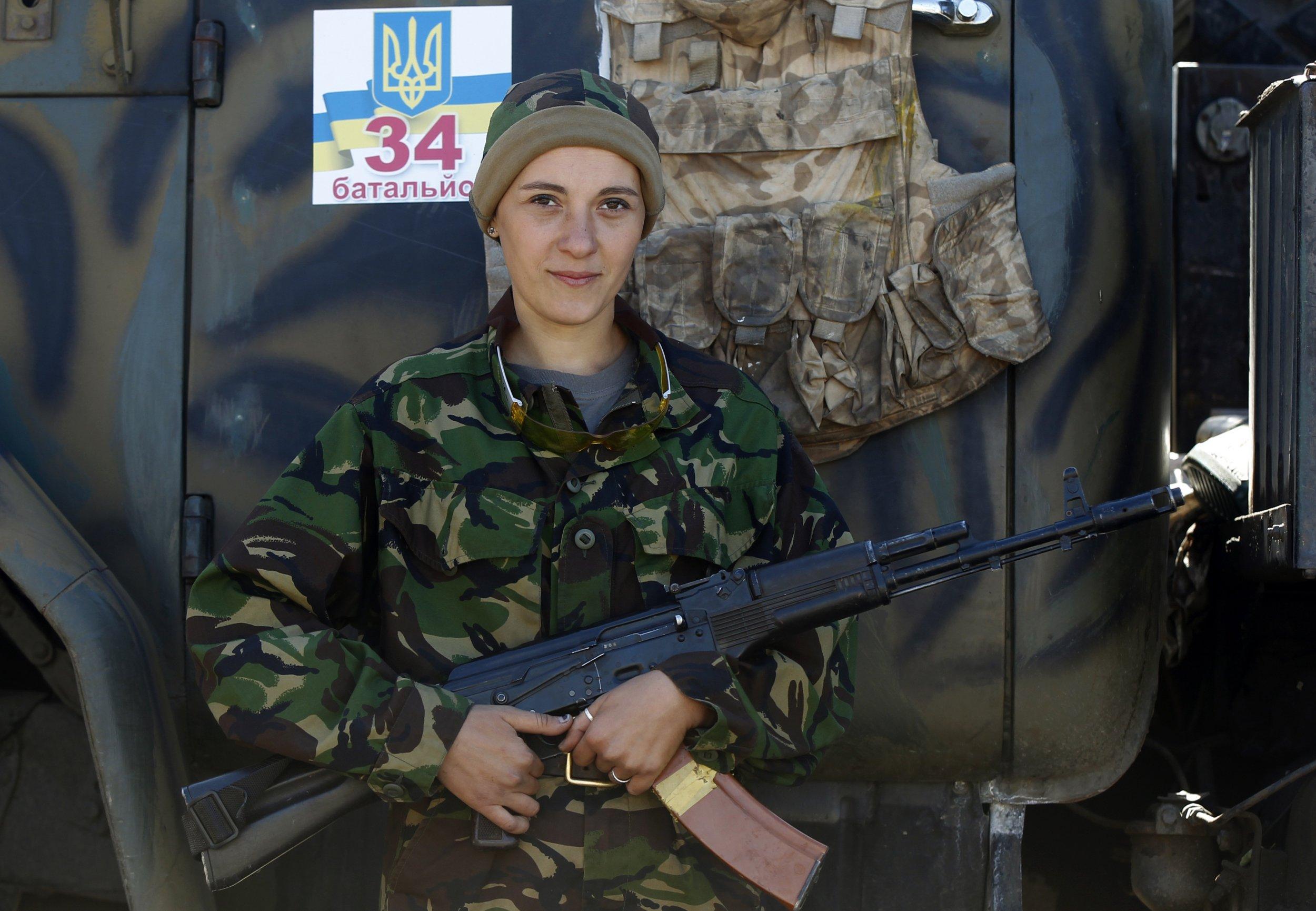 Putin S War Ukrainian Women On The Front Line