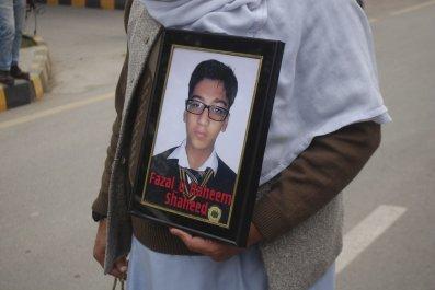 Pakistani militants sentenced to death over Pashawar