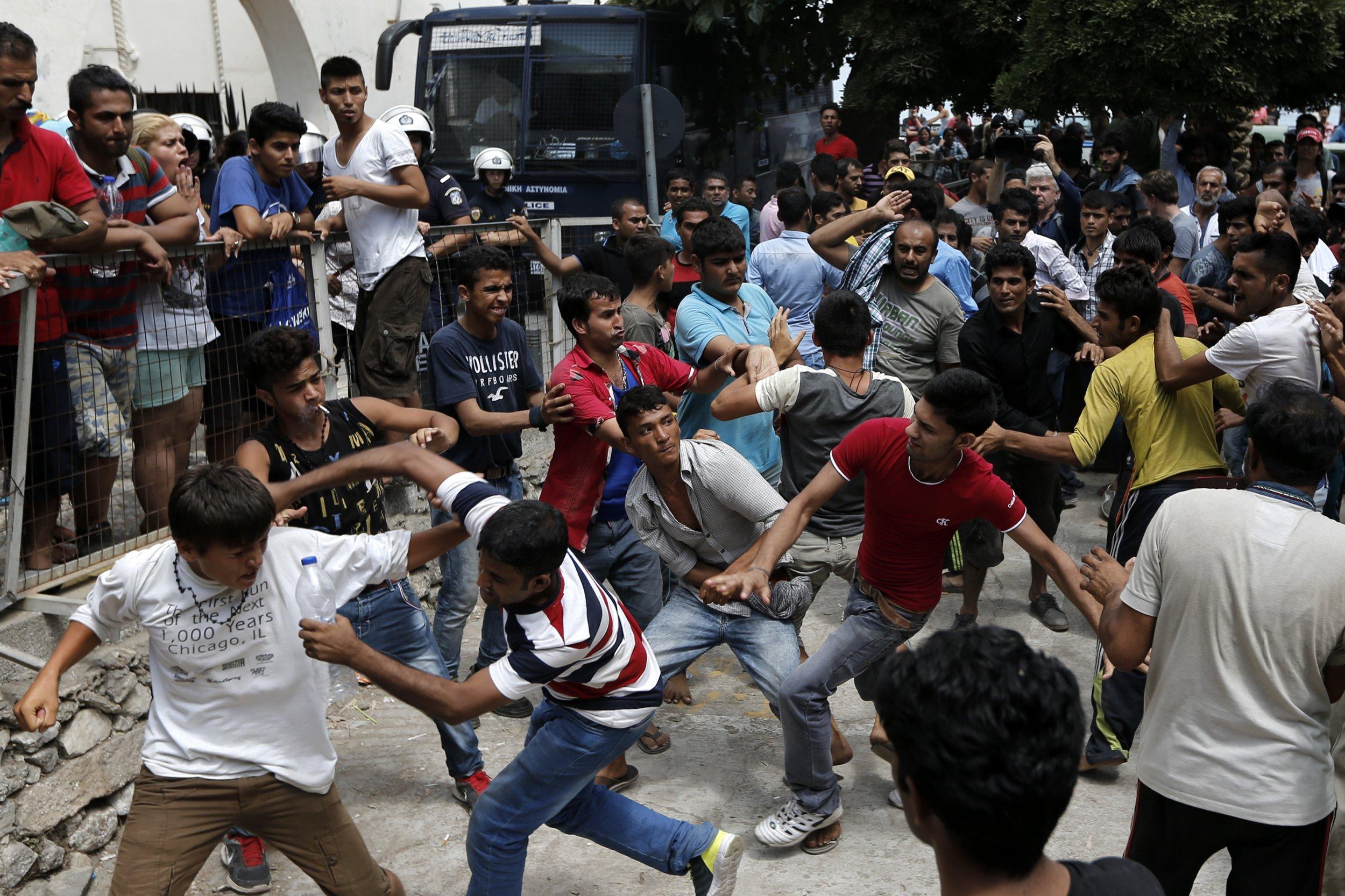 08_15_2015_migrants_greece