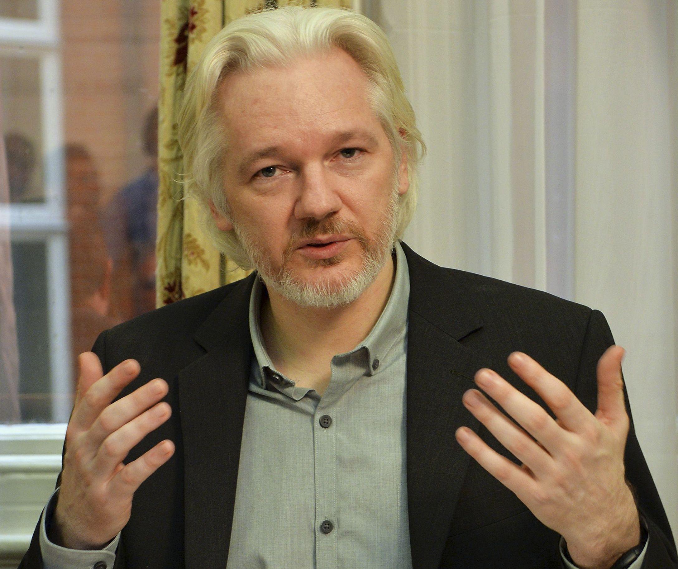 8/15/2015_AssangeWikileaks