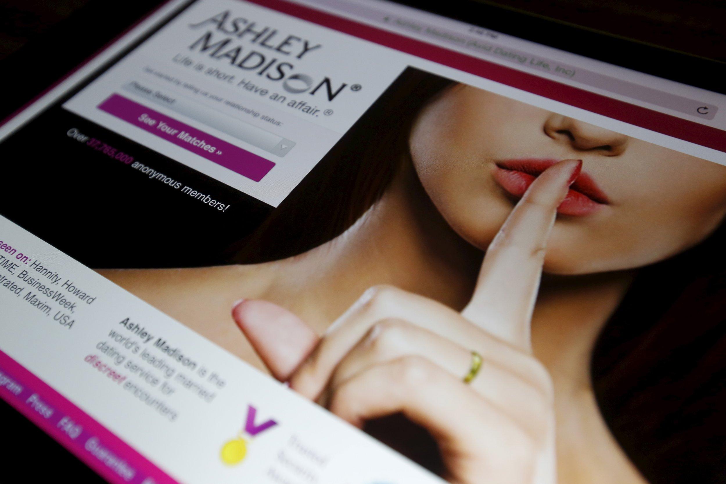 Ashley-Madison-Homepage