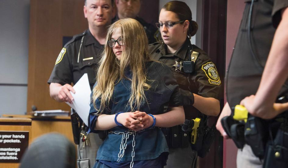 judge enters not guilty plea for teen girls in slender man stabbing case trial set for october