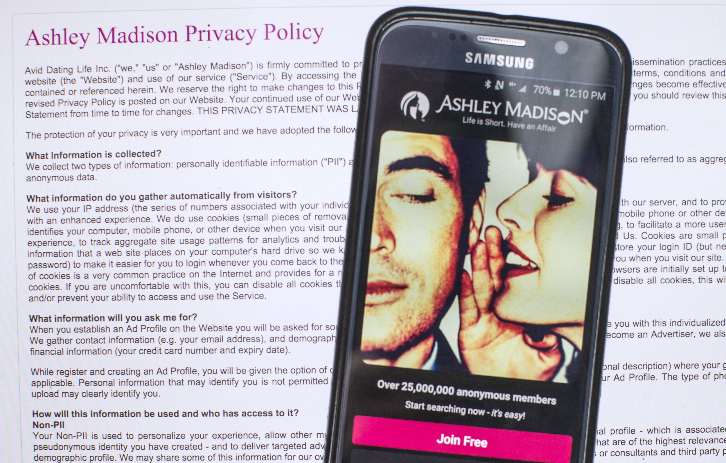 all canadians hit ashley madison with 578 million suit