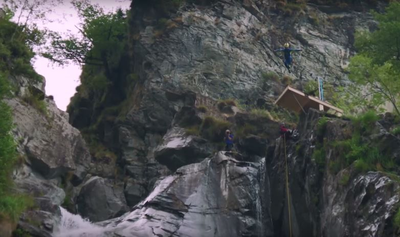 Laso schaller 39 s world record jump was not a world record dive - Highest cliff dive ...