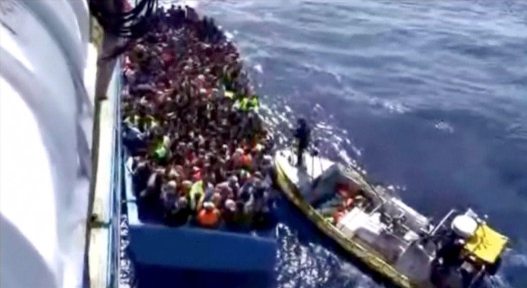 8/26_Migrants Rescued Coast Libya