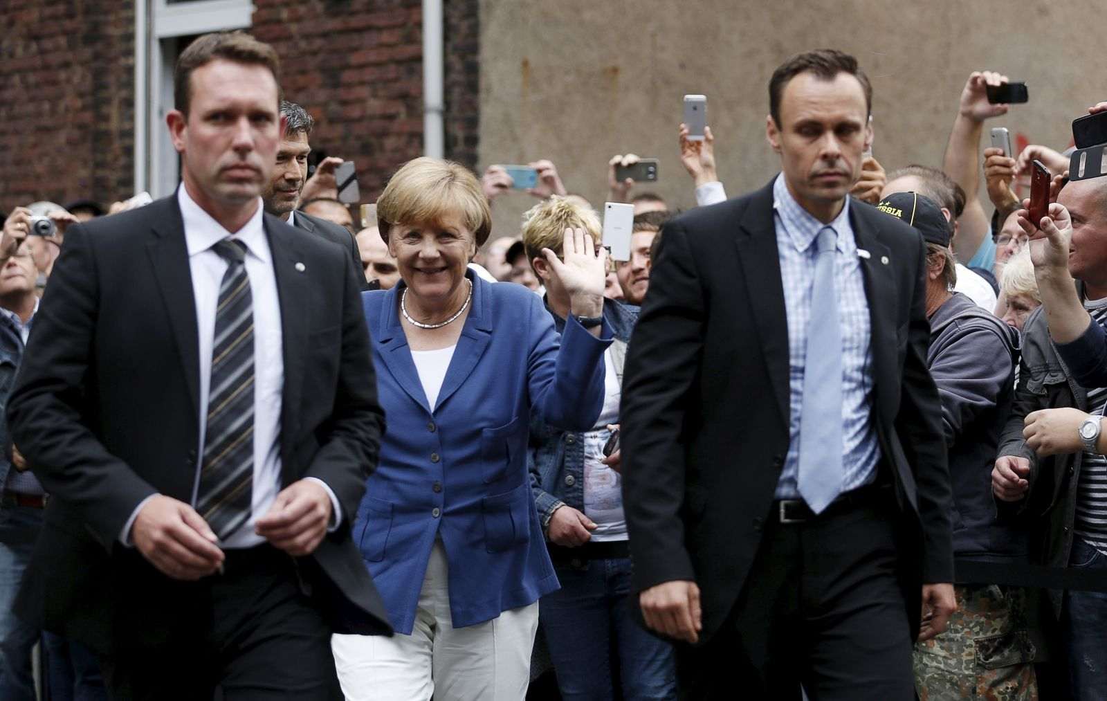 Angel Merkel Booed by far-right