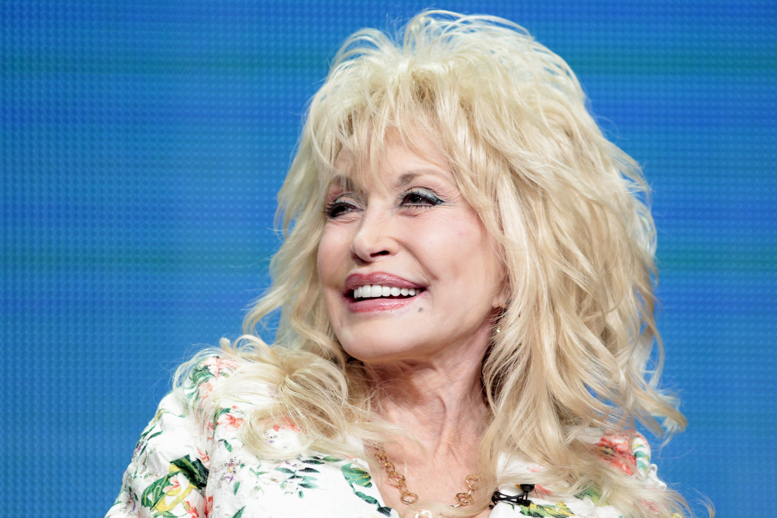 Dolly Parton Talks About Her Judge Not Lest Ye Be Judged Philosophy
