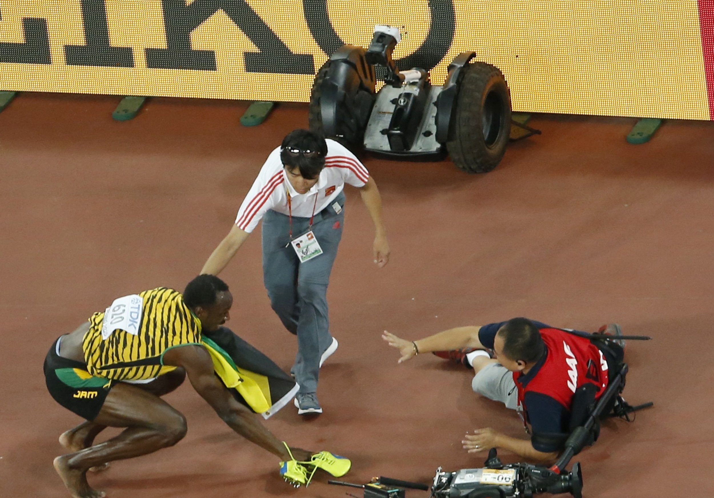 Usain Bolt vs Segway