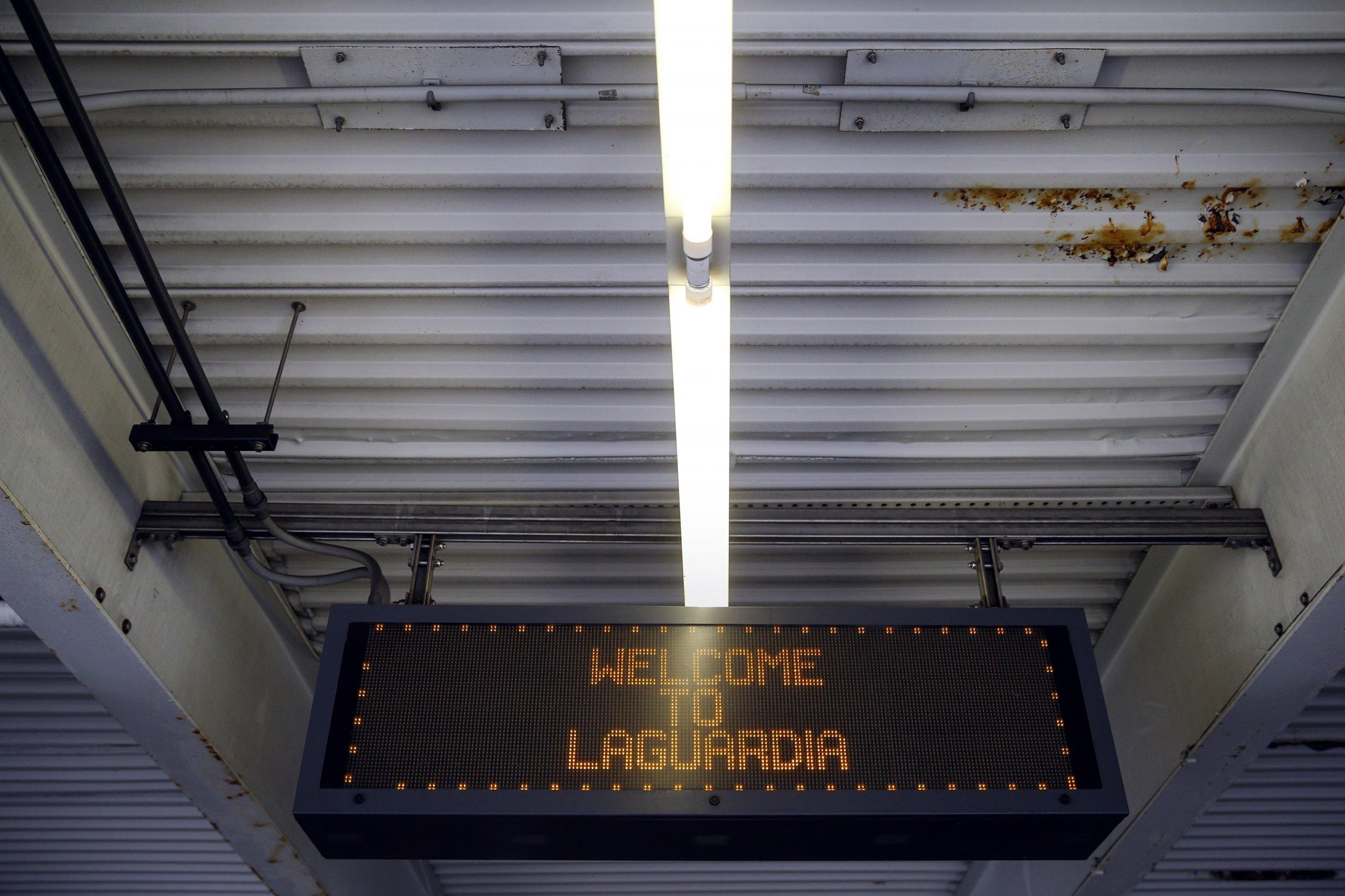 08_28_15_LaGuardia_airport_alleged_assault