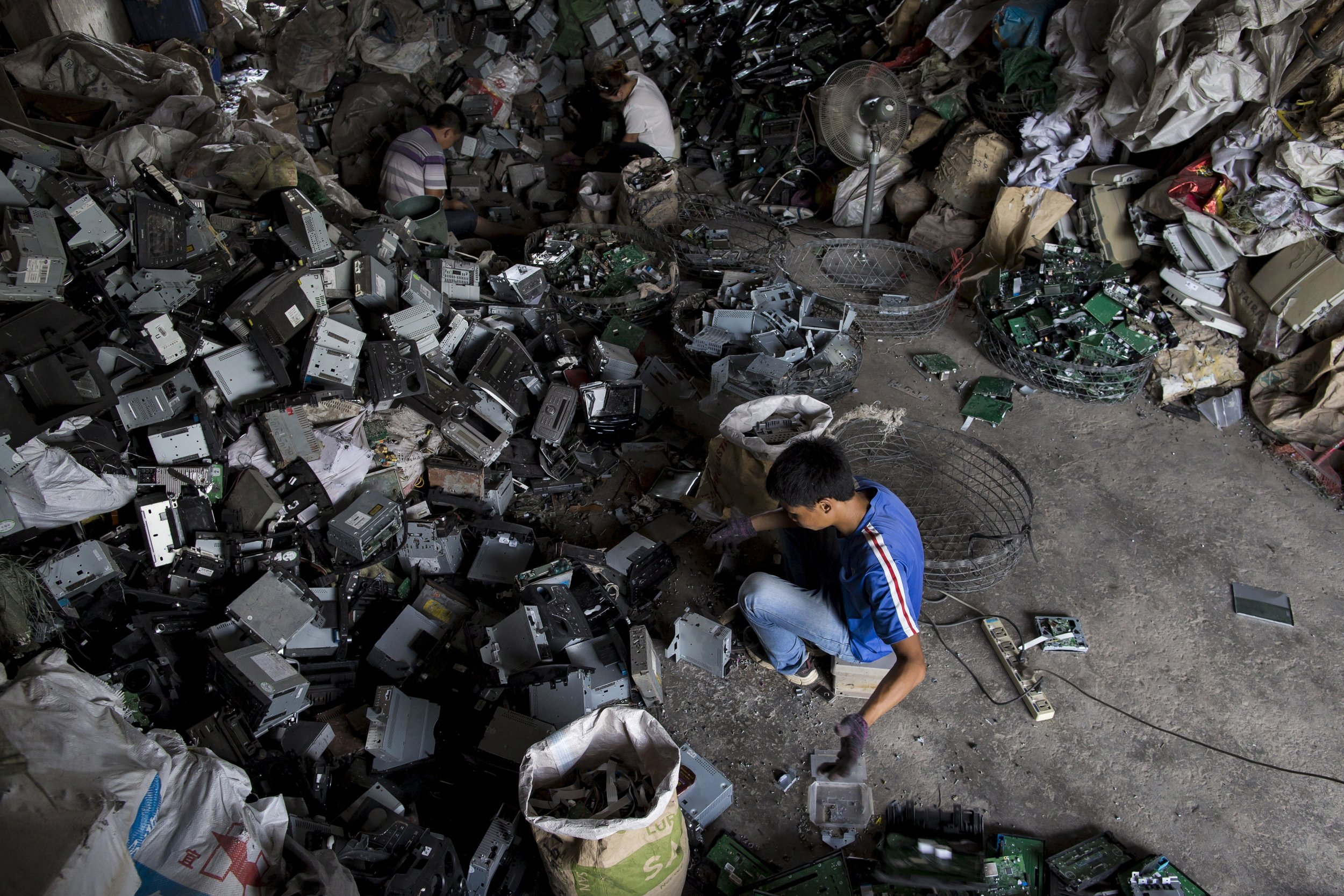 Only A Third Of Europe S E Waste Goes Where It Should