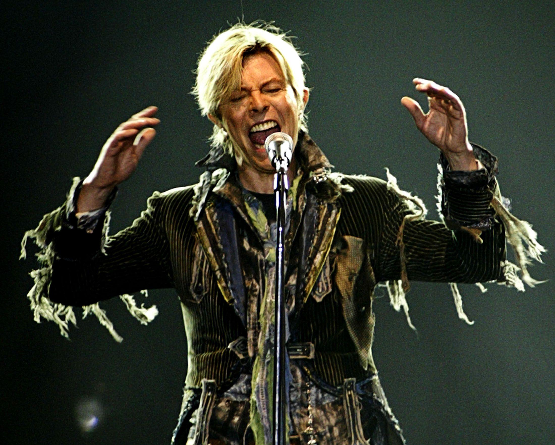 David_Bowie_2003