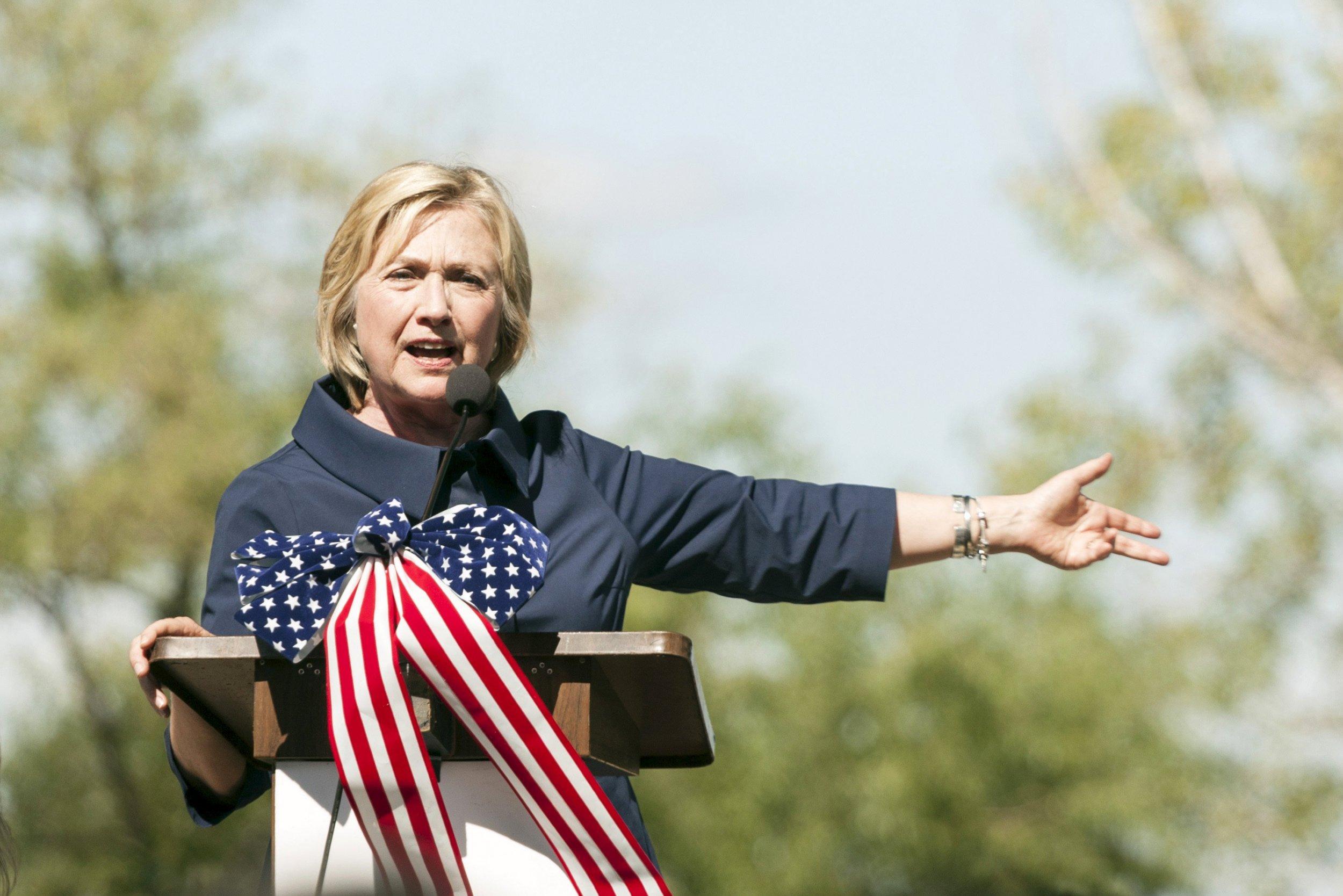 09_09_HillaryClinton_01