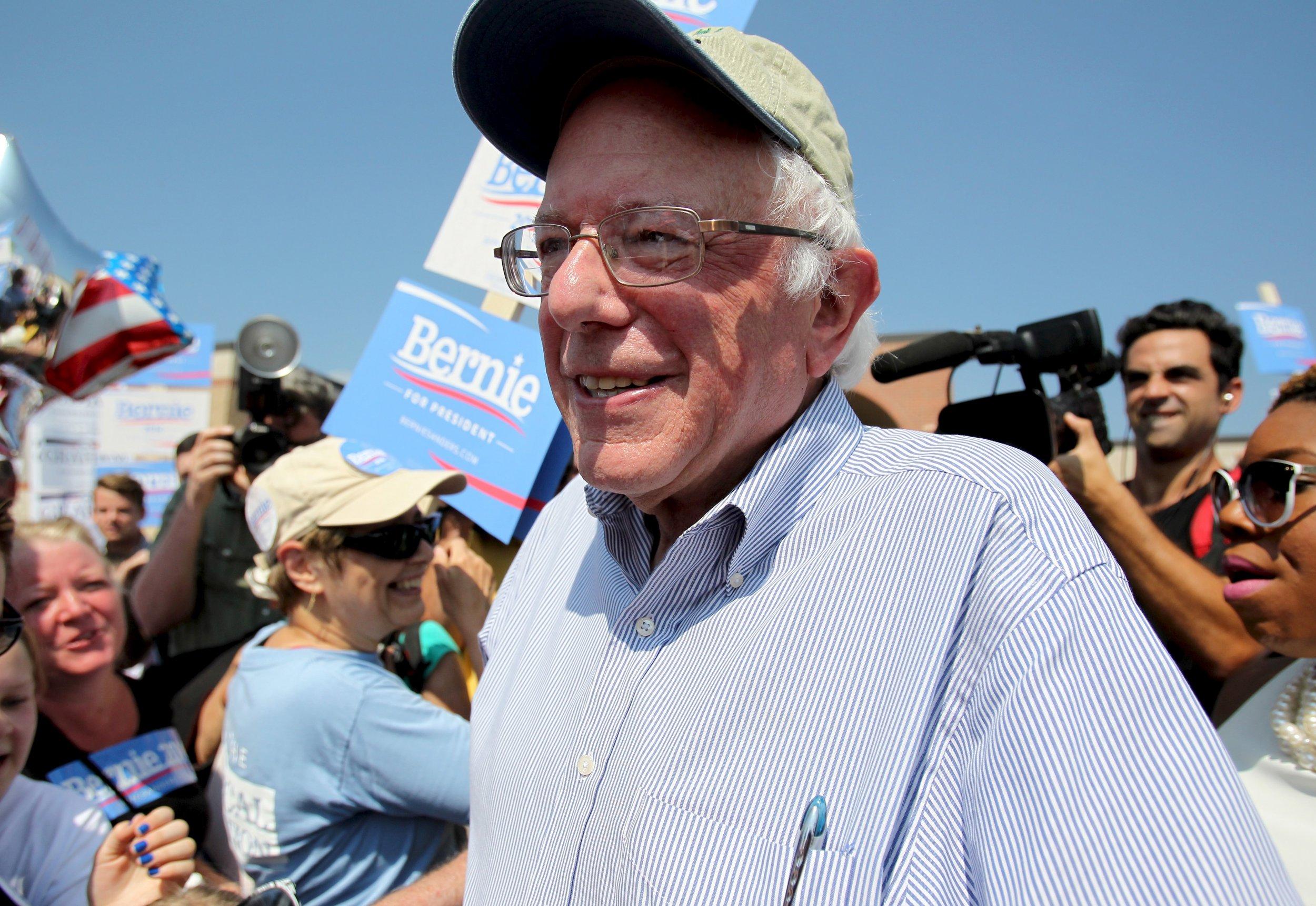 0910_Bernie_Sanders_poll_01