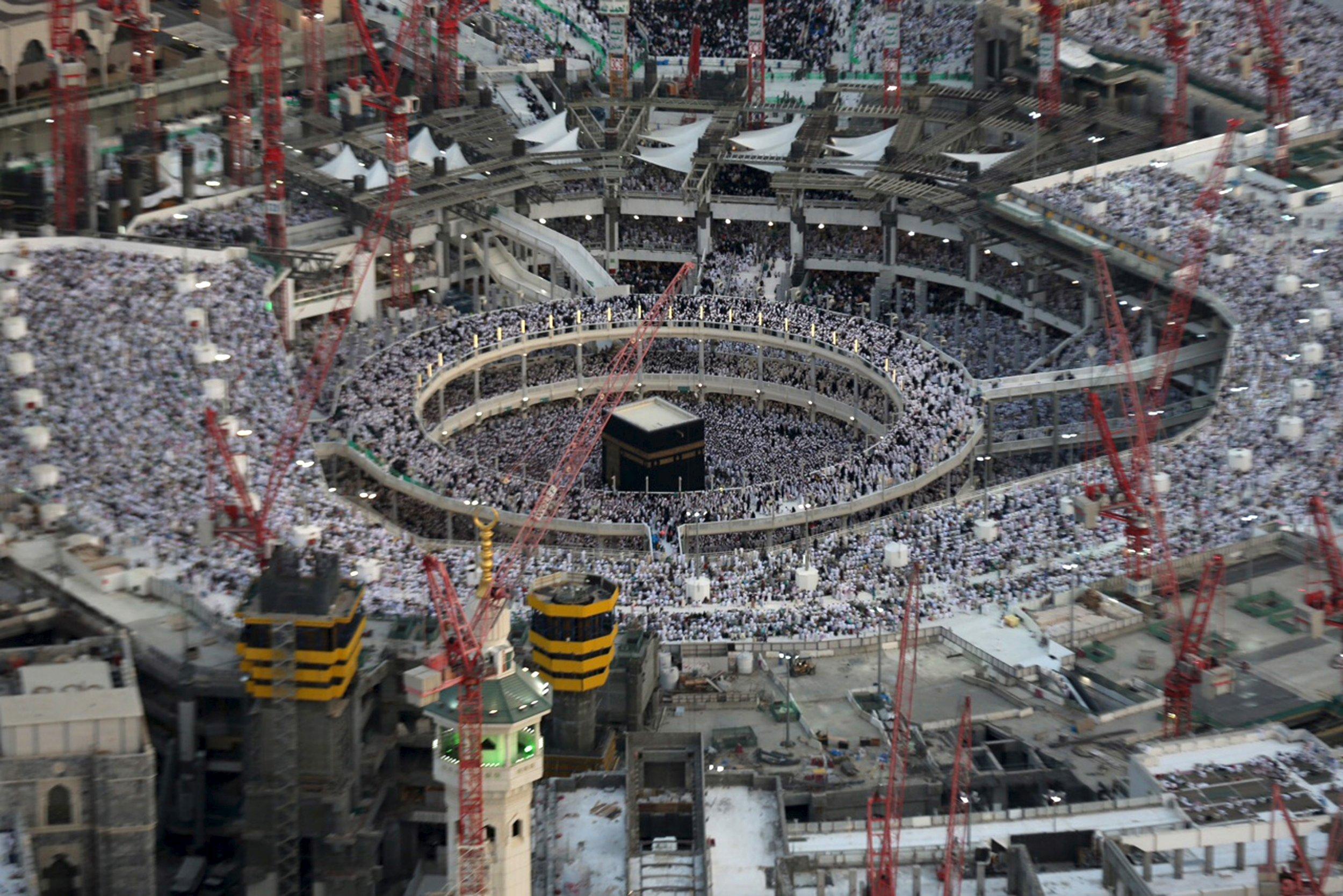 crane mosque mecca