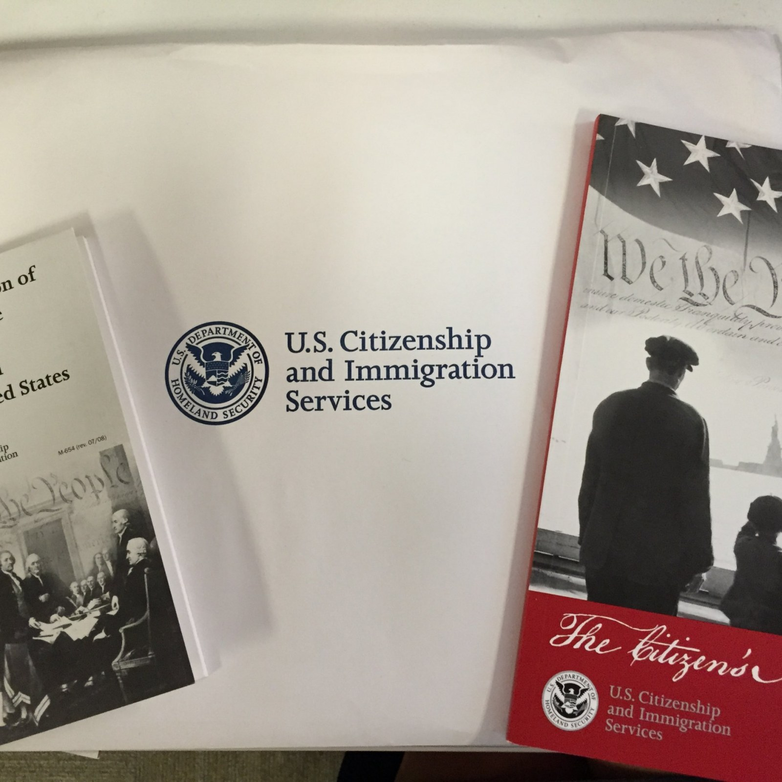 What It's Like to Get Sworn In as an American Citizen on