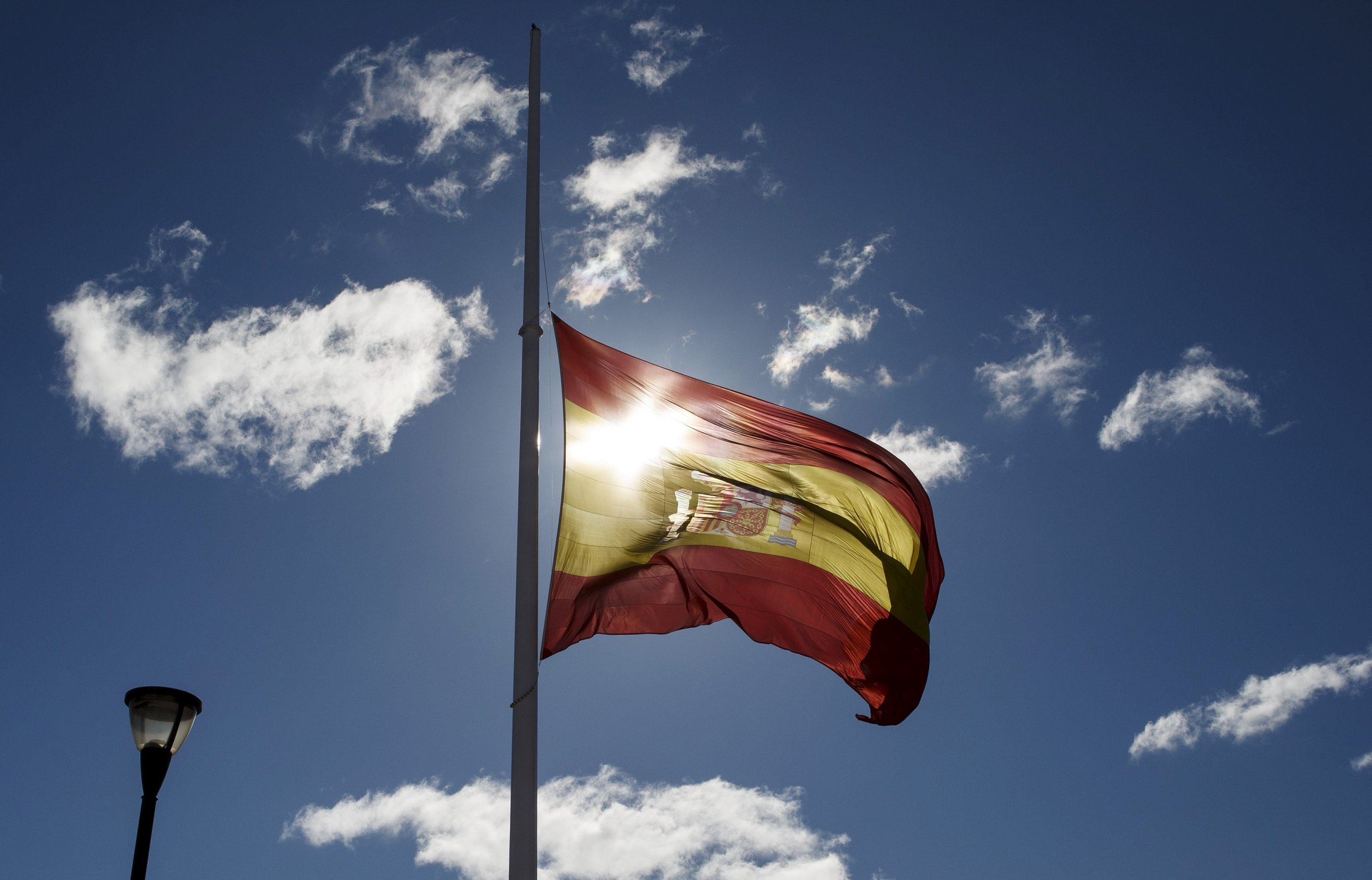 0912_American_Tourist_Spain_01