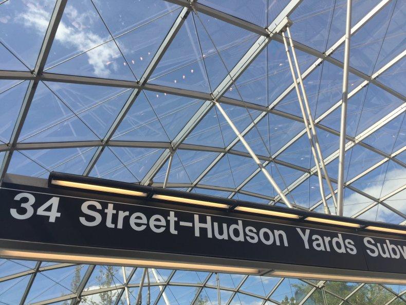 09_14 hudson yards subway 03