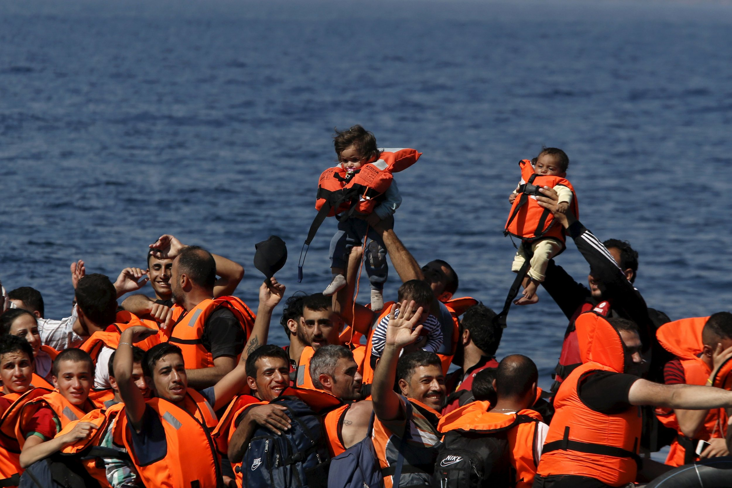0915_refugees_lesbos