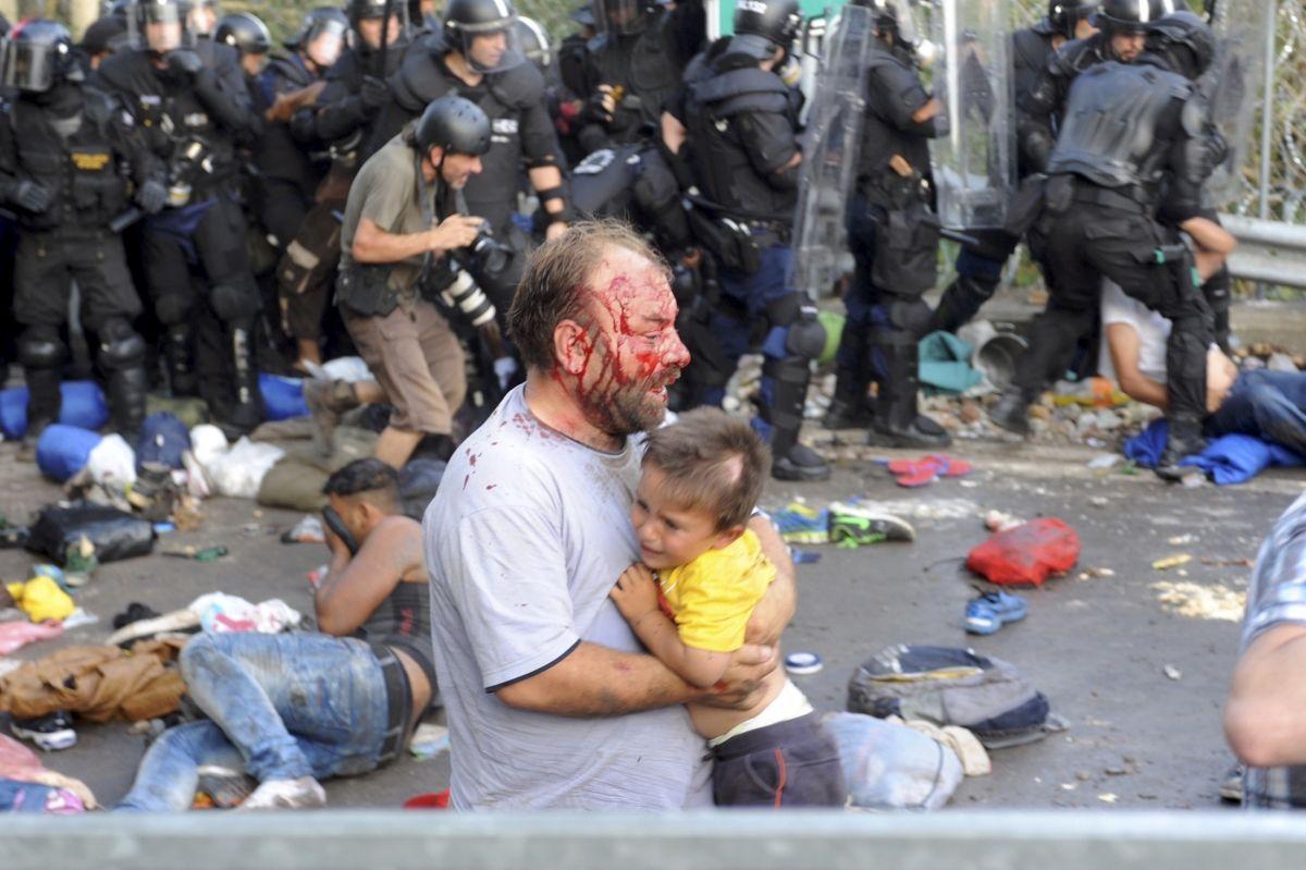 Hungary Serbia Refugees