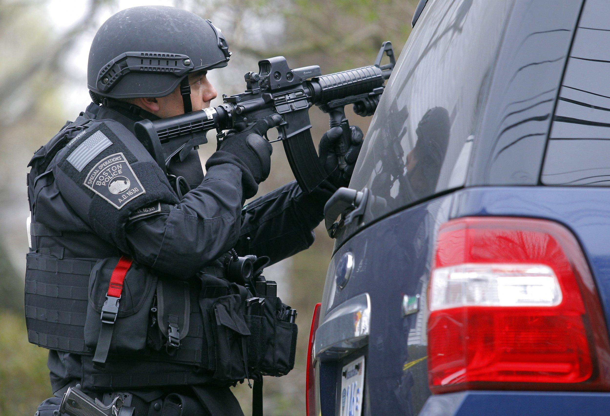 09_17_PoliceMilitarization_01