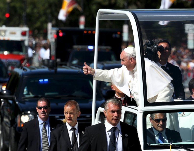 2015-09-23T154808Z_1091081164_GF10000217198_RTRMADP_3_POPE-USA