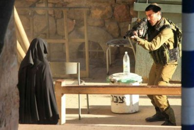 Palestinian Woman Shot Israel Hebron