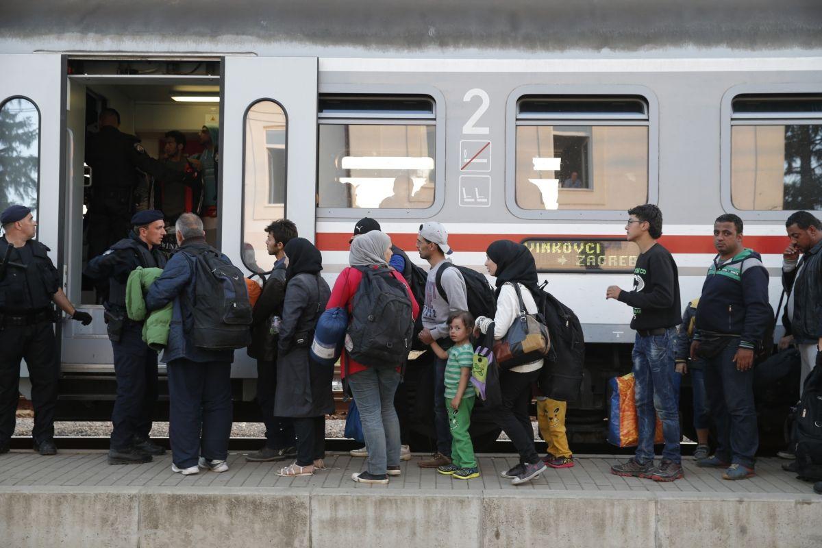 Croatia bans Serbian citizens