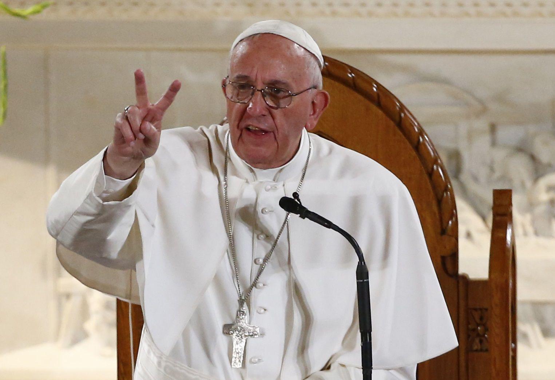 09_24_Pope-St_Patricks_02