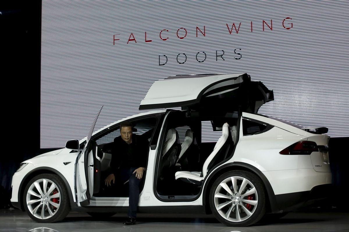 Tesla Model X Elon Musk