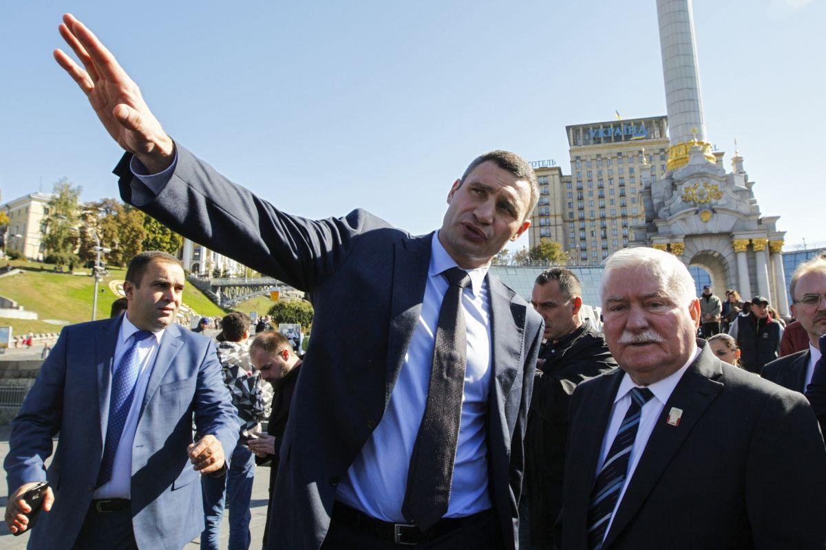 Vitali Klitschko Boris Nemtsov Street Kiev