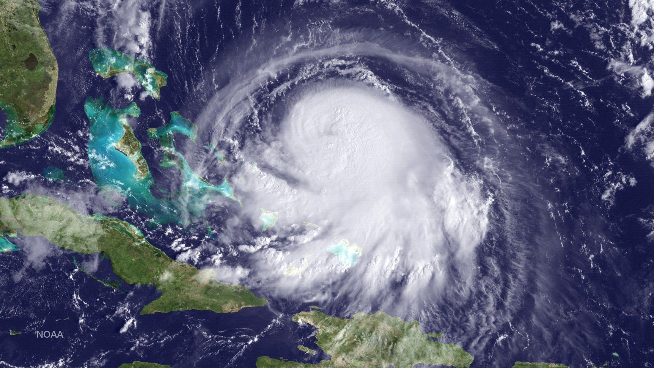 1001_Hurricane_Joaquin_01
